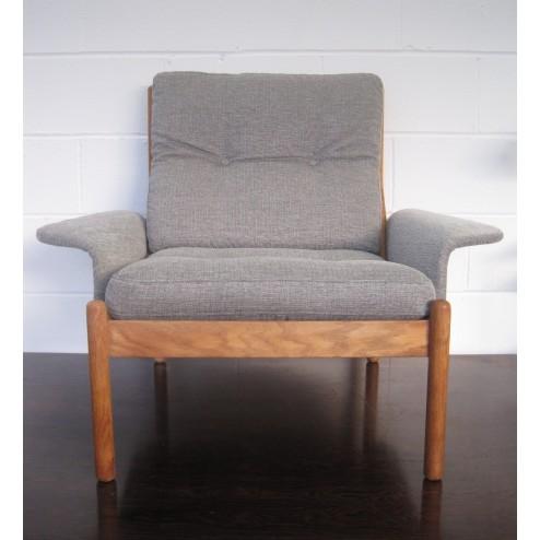 Illum Wikkelso model 901 oak lounge chairs for C.F.Christensen - Denmark c1972