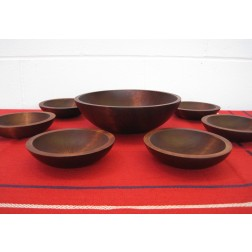 Mort N Marton 7 Piece Salad Bowl set c1960s - Canada